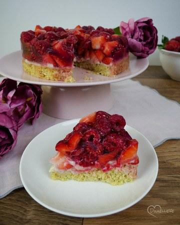 Rezept Erdbeer-Himbeer-Kokostörtchen