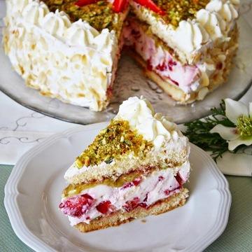 Rezept Erdbeer Joghurt Torte mit Pistazien Marzipan