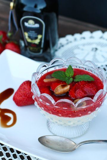 Rezept Erdbeer-Karamell Grießtöpfchen
