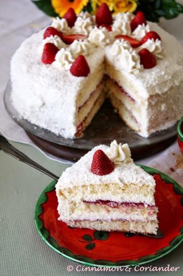 Rezept Erdbeer Kokos Torte mit Schoko-Mascarpone Creme