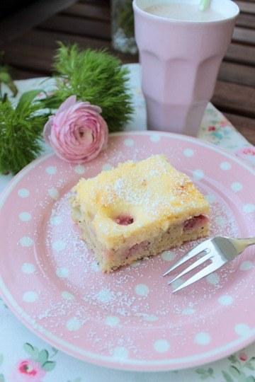 Rezept Erdbeer-Rhabarberkuchen mit Vanille-Quark Guss