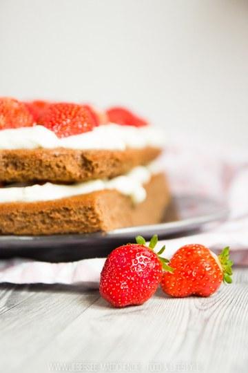 Rezept Erdbeer-Torte mit Brownie-Boden