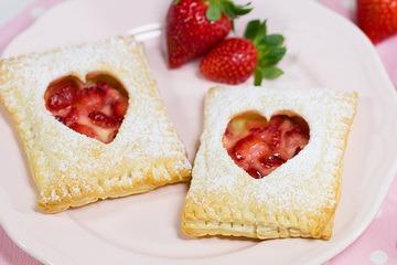 Rezept Erdbeer-Vanille-Blätterteigtaschen