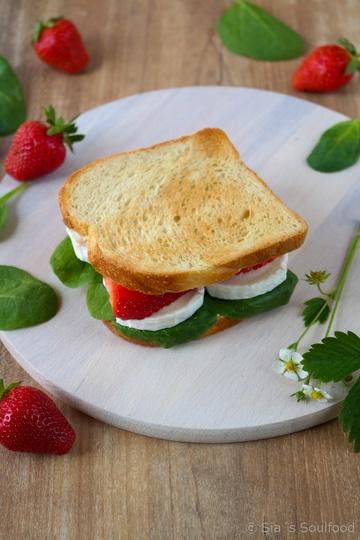 Rezept Erdbeer-Ziegenkäse-Sandwich