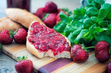 Rezept Erdbeermarmelade mit Basilikum
