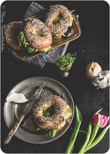 Rezept Everything Bagels mit Avocado-Eiersalat