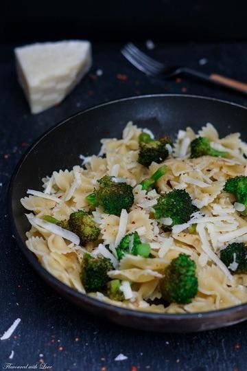Rezept Farfalle mit Brokkoli, Chili und Pecorino