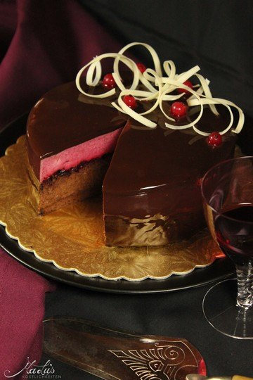 Rezept Feine Schokoladen-Cassis Torte