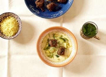Rezept Fenchel-Zucchini Suppe mit Couscous und marokkanischen Hackbällchen