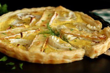 Rezept Fencheltarte mit Blätterteigboden und Ziegenfrischkäse