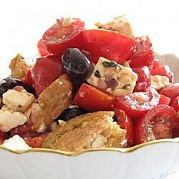 Rezept Fetasalat mit Anisbrot