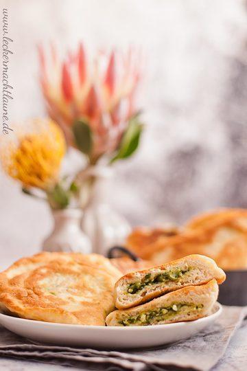 Rezept Fladenbrote mit Spinat-Käse-Füllung