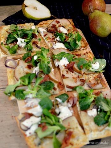 Rezept Flammkuchen mit Birne und Gorgonzola