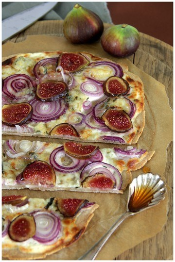 Rezept Flammkuchen mit Feige & Gorgonzola