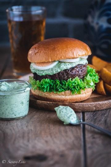 Rezept Frankfurter Grüne Soße Burger