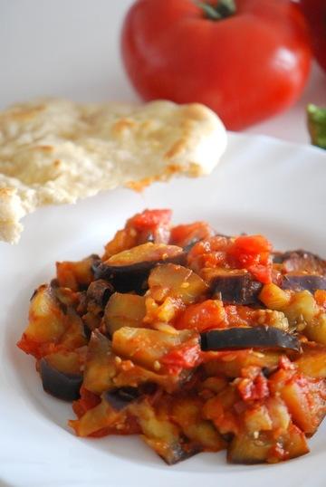 Rezept Französisches Ratatouille mit indischem Naan-Brot