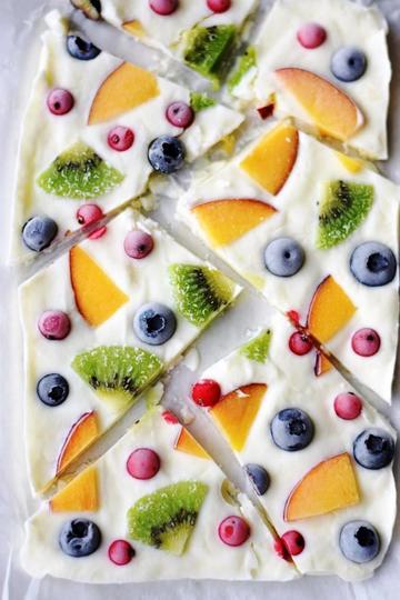 Rezept Frozen Yogurt Bark - die coole und leichte Eiserfrischung