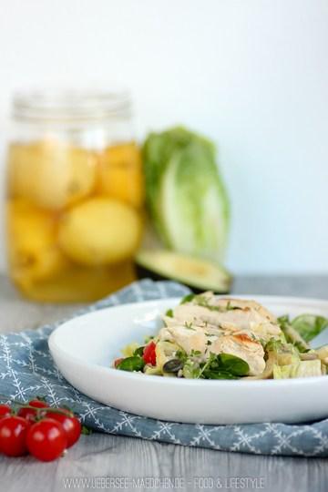 Rezept Frühlings-Salat mit Salzzitronen und Hühnchen