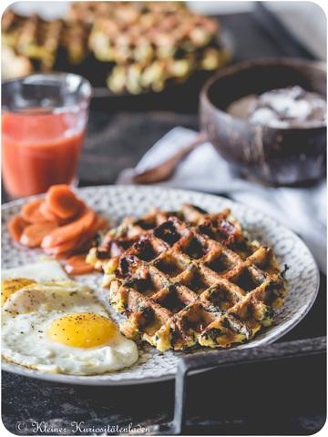 Rezept Frühstücks-Kartoffelwaffeln mit Merguez, Spinat und Feta