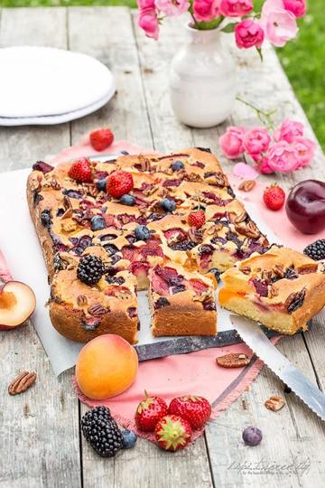 Rezept Fruit n-Berry-Maismehl-Blechkuchen