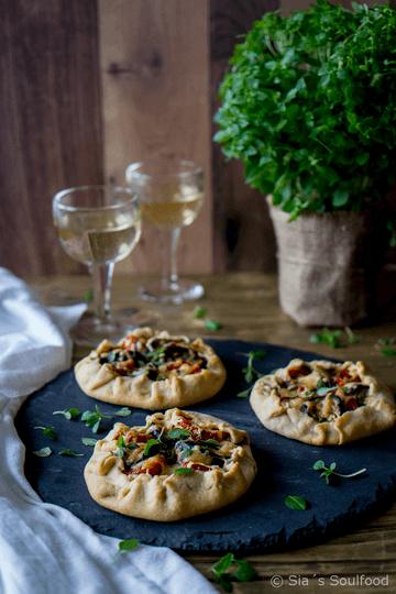 Rezept Galettes mit Auberginen, Tomaten und Käse