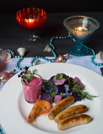 Rezept Garnelen-Kabeljau-Würstchen - Bunter Kartoffelsalat mit Mohndressing