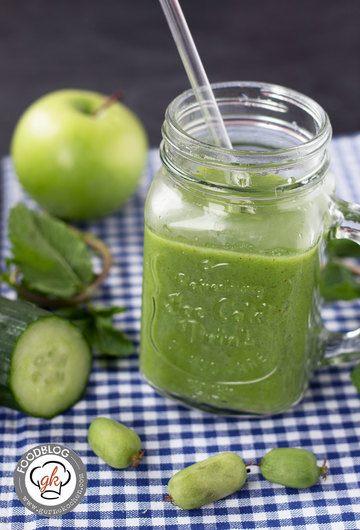 Rezept Geballte Power in Grün: Apfel-Gurke-Kiwibeeren Smoothie