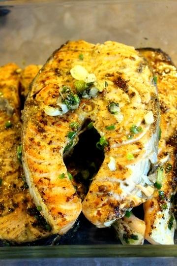 Rezept Gebratene Lachsscheiben mit Pilzsauce