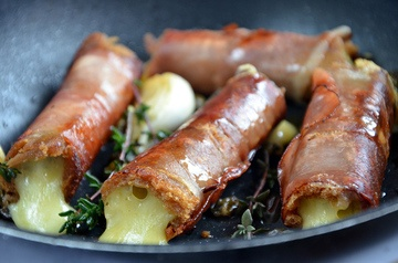 Rezept Gebratenes Käsesandwich in knusprigem Schinkenmantel