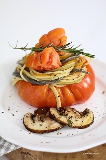 Rezept Gefüllte Tomaten mit Pasta Tricolore