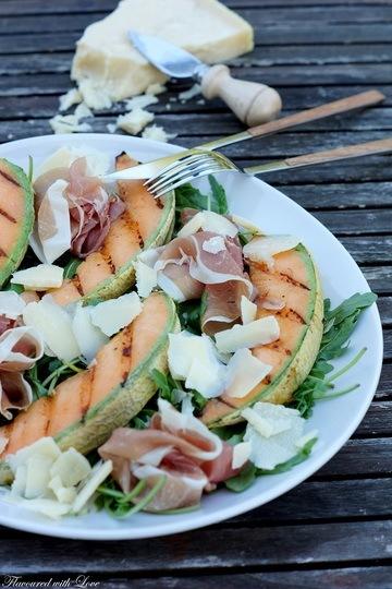 Rezept Gegrillte Melone mit Prosciutto und Hartkäse