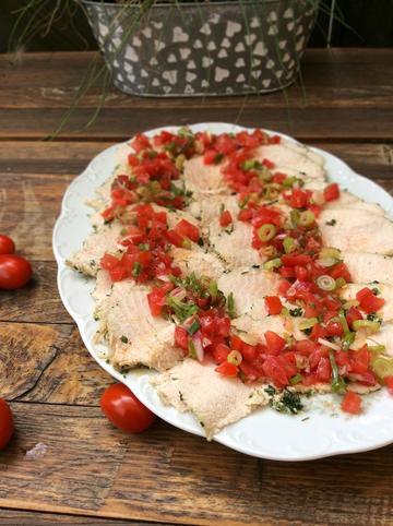 Rezept Gekräuterte Putenbrust mit Tomatenvinaigrette