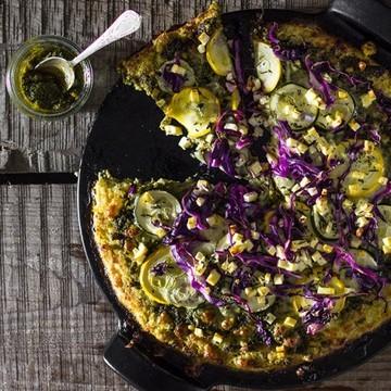 Rezept Gemüsepizza mit knusprigem Blumenkohlboden