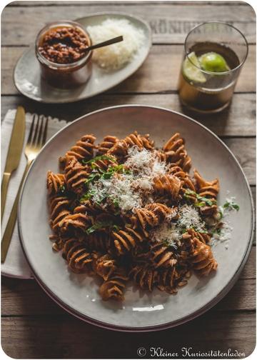 Rezept Geröstete Pasta mit Pesto Rosso