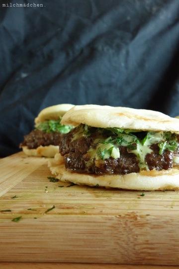 Rezept Geschmorte Lammburger mit-ohne-Lamm und Koriander-Mayonnaise