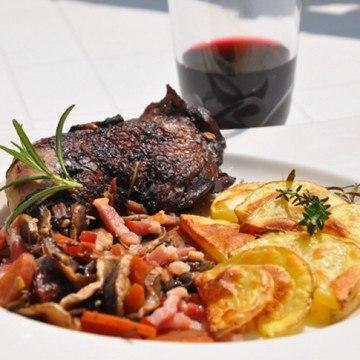 Rezept Geschmortes Huhn in Rotweinsauce