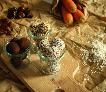 Rezept Gesund Naschen: Energy Balls oder einfach Dattelpralinen