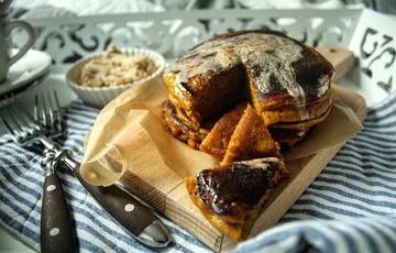 Rezept #GilmoreGirlsSynchronkochen: Luke's Kürbis-Pancakes mit Zimtbutter