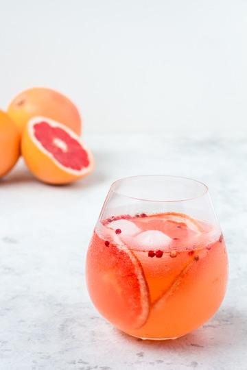 Rezept Gin Tonic mit Pink Grapefruit-Pfeffer Sirup