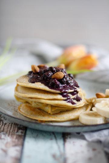 Rezept Glutenfreie Buchweizen-Pancakes mit Beeren