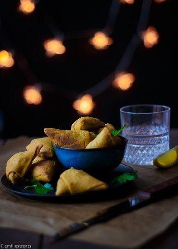 Rezept Glutenfreie Samosas mit Kichererbsenmehl und orientalischer Füllung