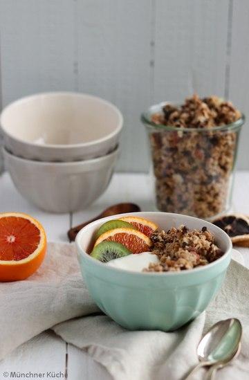 Rezept Granola mit Nüssen und Schokolade
