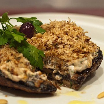 Rezept Gratinierte Champignons mit Ziegenkäse und Pinienkernen