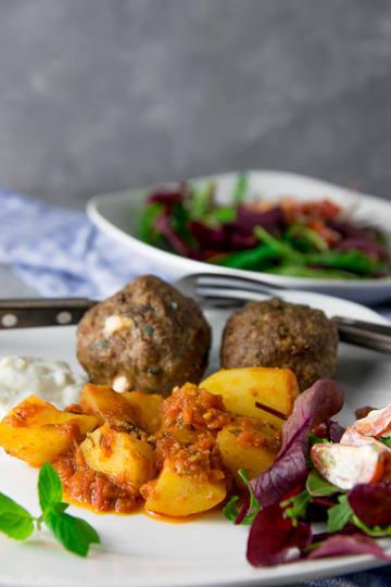Rezept Griechische Meze - Patates sto fourno