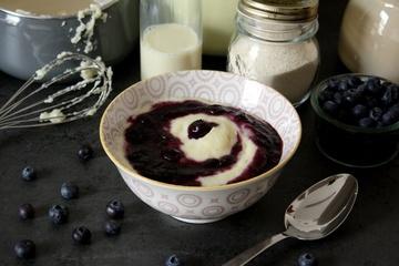 Rezept Griessbrei mit vanilliger Heidelbeersauce