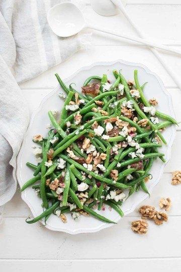 Rezept Grüne Bohnen-Salat mit Walnüssen, Datteln und Roquefort