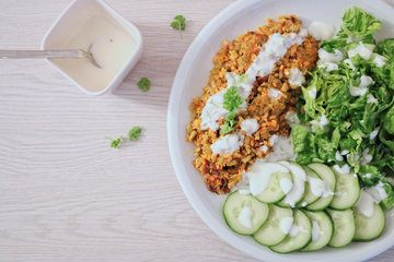 Rezept Grünkern-Kurkuma Bratling mit grünem Salat
