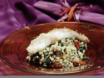 Rezept Grünkohl-Graupen-Salat mit gebratenem Zander