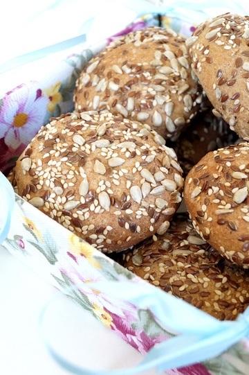 Rezept Gute Laune Brötchen mit Nüssen und Körner