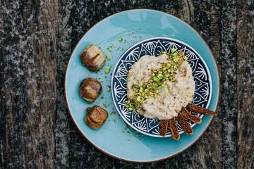 Rezept Haferflocken zum Frühstück - Porridge mit Tahin und Pistazien